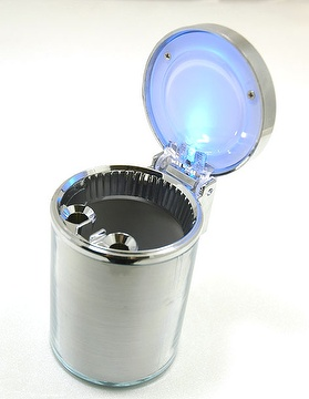 ASHTRAY WITH LIGHT